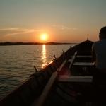 vene-ilta-auringossa